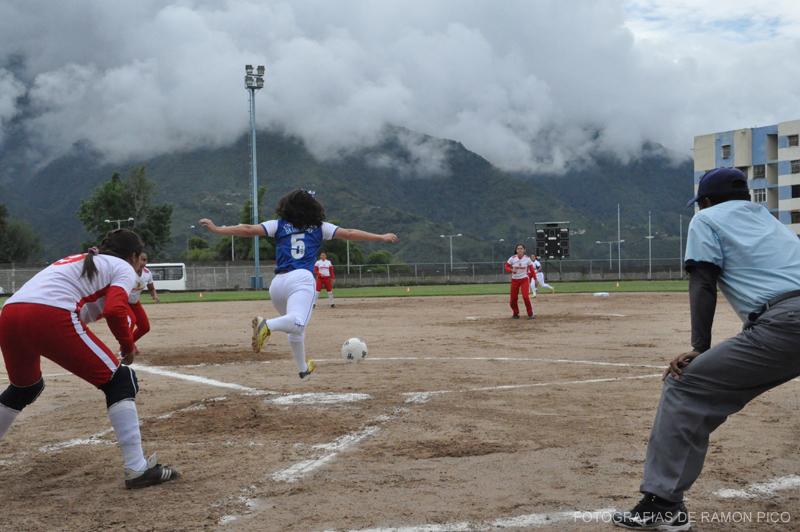 Las jugadores sostendrán compromisos regionales y nacionales en este 2017. (Foto: Ramón Pico)